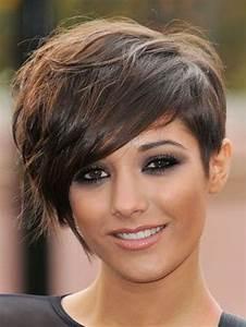 Coupe Cheveux Tete Ronde : coupe de cheveux court pour femme ronde ~ Melissatoandfro.com Idées de Décoration