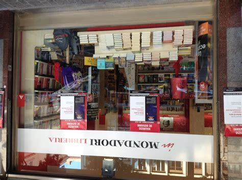 mondadori libreria libreria mondadori presentazione libro anime di vetro