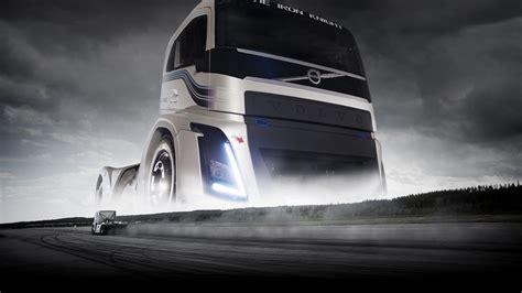 volvos iron knight    hp truck built