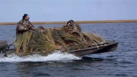 Bass Pro Hunting Boats by Duck Boat Duck Boss Boats 15ft Duck Hunting Boat Youtube