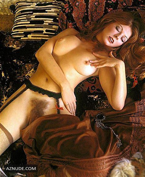 Cassandra Harris  nackt