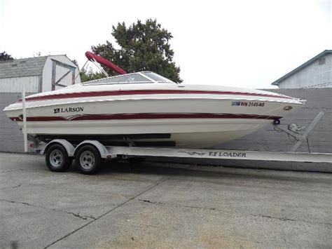 Larson Power Boats Tacoma by Used Larson Boats For Sale In Washington United States