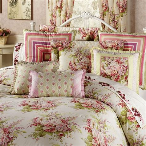 shabby chic type bedding 1000 ideas about shabby chic comforter on pinterest shabby chic headboard burlap bedroom and