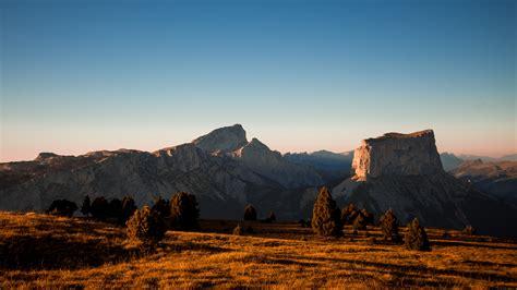 etape  le mont aiguille isere tourisme