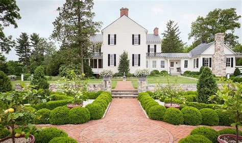 Gorgeous Garden Historic Home by Ten Gorgeous Gardens Design Chic Design Chic