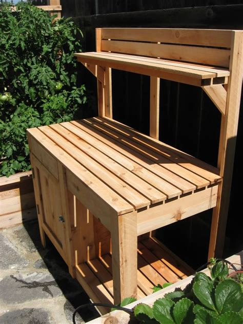 1000 ideas about pallet potting bench on
