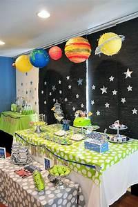 Kara's Party Ideas Astronaut Themed Birthday Party ...