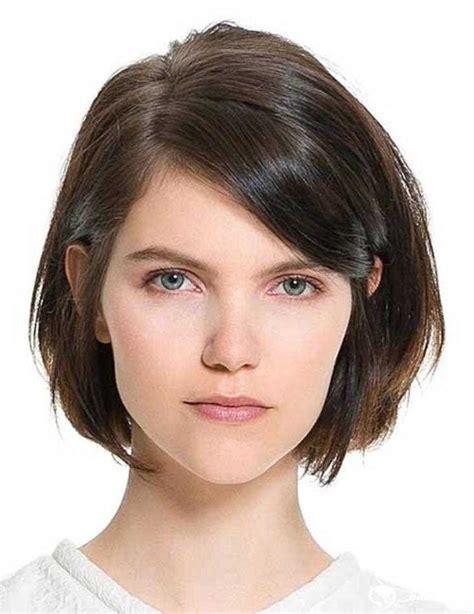 beste kurze frisuren fuer dickes und glattes haar im sommer
