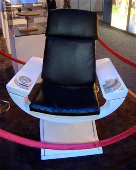 trek captains chair trek prop costume auction authority abrams