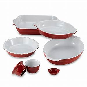 Emile Henry Bakeware in Cerise - Bed Bath & Beyond