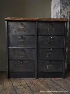 Meuble Design Industriel : ancien meuble 8 casiers industriel strafor plateau chene massif ~ Teatrodelosmanantiales.com Idées de Décoration