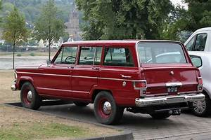Jeep Grand Wagoneer : file jeep wagoneer bj ca 1968 heck 2015 08 12 b jpg wikimedia commons ~ Medecine-chirurgie-esthetiques.com Avis de Voitures