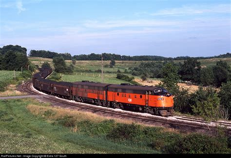 le cground erie pa railpictures net photo b le 728 bessemer lake erie