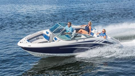 Chaparral Jet Boats Top Speed by Jet Boat Top Speed