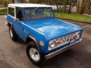 1970 Ford Bronco 4x4 Laguna Seca Blue 302 V8 3 Speed Ps