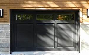 Porte de garage en bois menuiserie de l39estrie for Porte de garage de plus porte en bois sur mesure