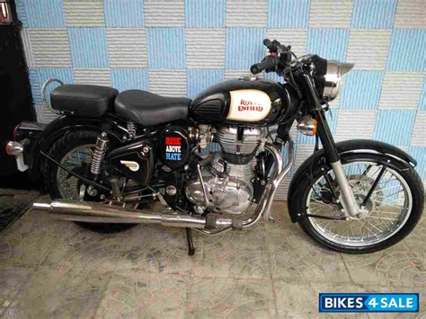 Royal Enfield Classic 350 Photo by Black Royal Enfield Classic 350 Picture 1 Album Id Is