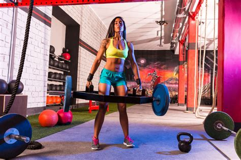 WatchFit - The Trap Bar Deadlift: What, Why & How