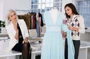 fashion designer how to become a fashion designer tips how to become a fashion designer jobsamerica info