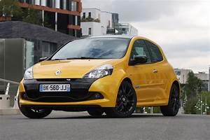 Voiture Clio 3 : acheter une renault rs 2 0 203 ch guide d 39 achat motorlegend ~ Gottalentnigeria.com Avis de Voitures