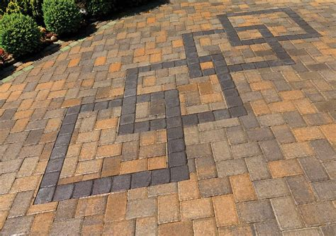 interlocking brick patterns 14 best images about interlock driveway on pinterest birmingham driveway design and minnesota