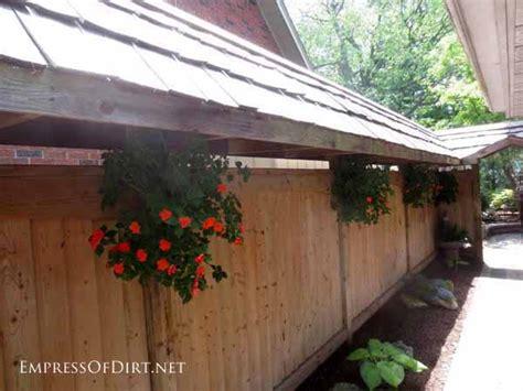 25+ Creative Ideas For Garden Fences
