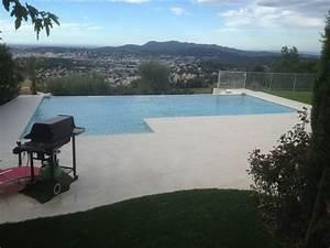 piscines marinal construction de piscines a debordement With piscine a debordement sur terrain en pente 1 amenagement piscine debordement terrain pente