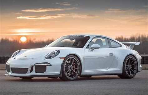 Drive A Porsche 911 Gt3  Exotic Supercars  Xtreme Xperience