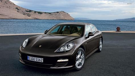 cars top   luxury sedans   bestride
