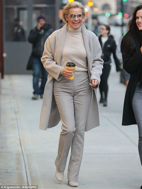 Yolanda Hadid dons chic beige ensemble as she gets coffee ...