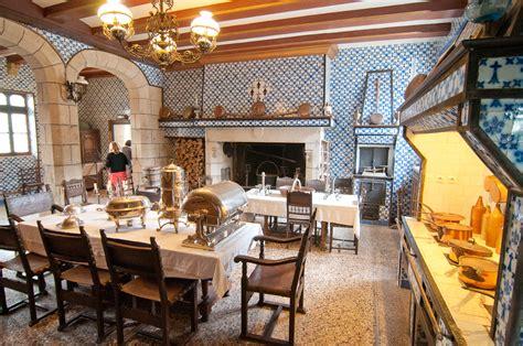 cuisine chateau chateau de keriolet concarneau gite le valdhamon la