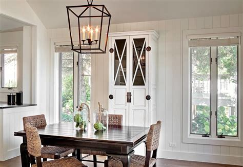 Dining room lantern lighting