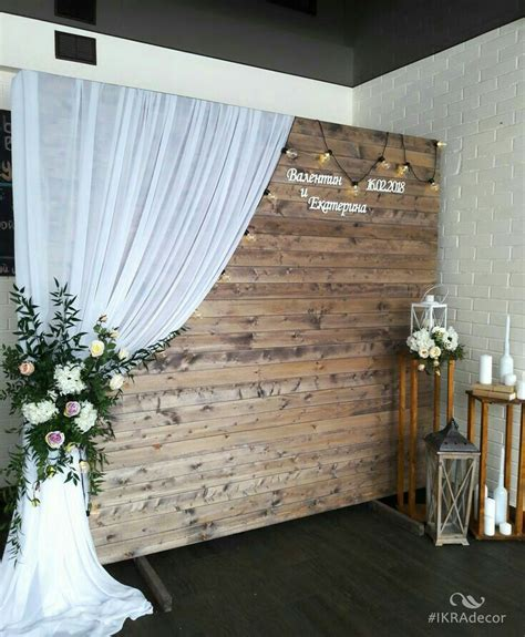Diy Rustic Backdrop by I A Metal Barn Door I Could Do This With