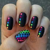 Pretty Neon Nai...