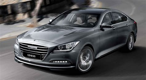 hyundai s 2015 genesis will automatically brake for speed
