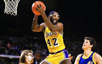 Worthy James Lakers Nba Player Basketball Former