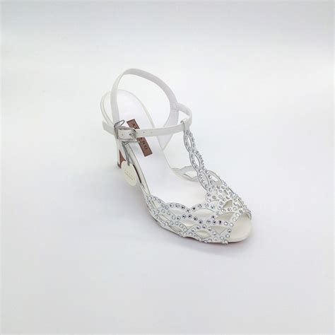 Natale e capodanno si avvicinano, ormai scarpe sparkly argento handmade bead diamante da sposa strass tacchi alti. Scarpe Da Sposa Tacco Altissimo : Scarpe da sposa con ...