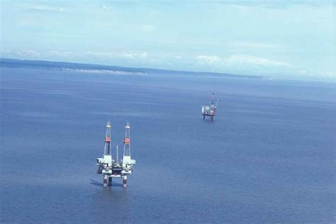 Hornbeck Offshore Services: Wee Glimmers In The Gloom And ...