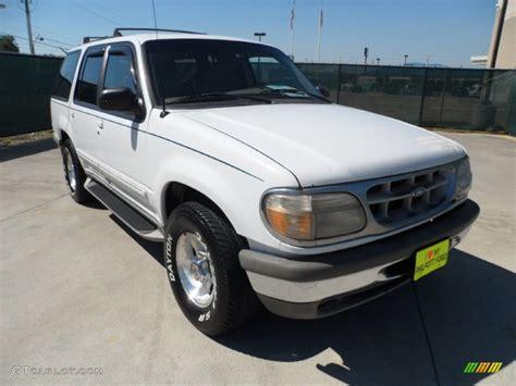 1995 Ford Explorer Xlt by 1995 Oxford White Ford Explorer Xlt 53671538 Gtcarlot