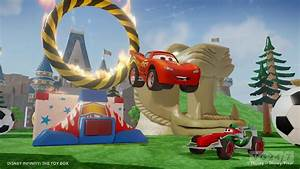 Disney Infinity screens and video show the Cars play set ...