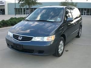 2003 Honda Odyssey - Overview