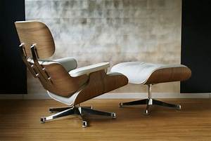Eames Chair Weiß : eames lounge chair klassiker co ~ Markanthonyermac.com Haus und Dekorationen