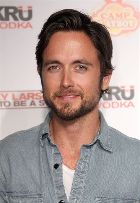 justin chatwin justin chatwin