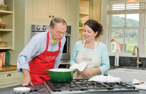 Cook's Country From America's Test Kitchen Homespun