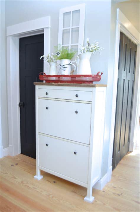 Ikea Hemnes Bathroom Cabinet Hack by A Simple Ikea Hemnes Shoe Cabinet Hack Newlywoodwards