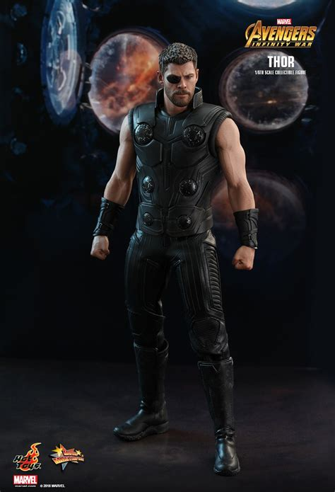hot toys avengers infinity war thor  scale