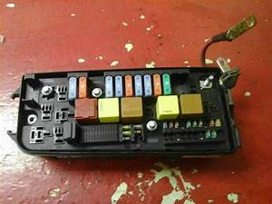 Vauxhall Vectra Rear Fuse Box