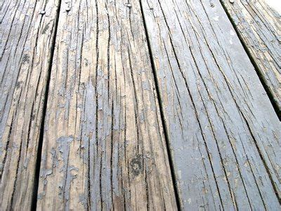 Boat Deck Refinishing by 25 Best Ideas About Restore Deck Paint On