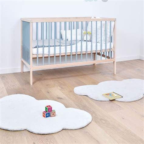 tapis ourson chambre bébé tapis ourson chambre bebe maison design sphena com