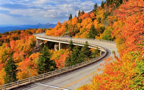 14 Fall Road Trips for Seeing the Best Fall Foliage — and ...